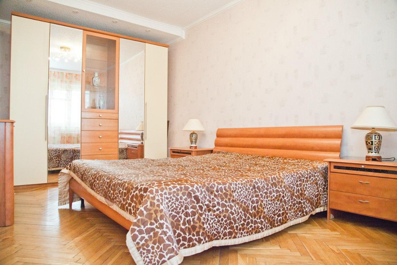 Квартира на сутки: Квартиры посуточно Казань, ул. Четаева.